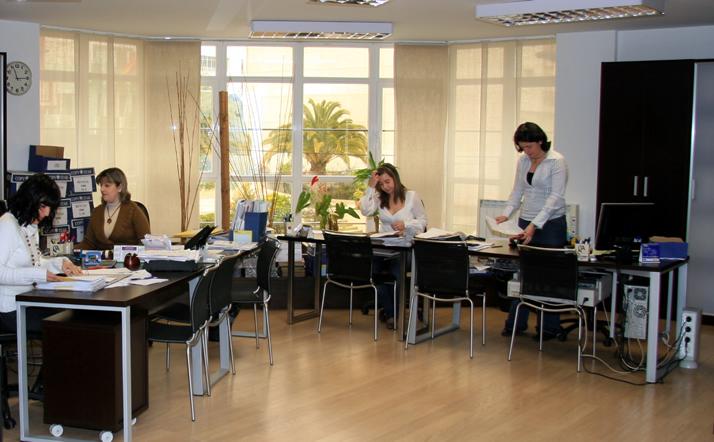Asesor a marcos fern ndez for Laboral kutxa oficinas bilbao